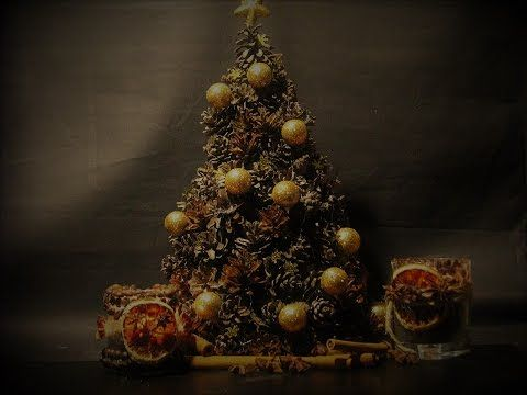 Ideas art for everyone, DIY - Joanna Wajdenfeld: How to make yourself a Christmas tree with cones