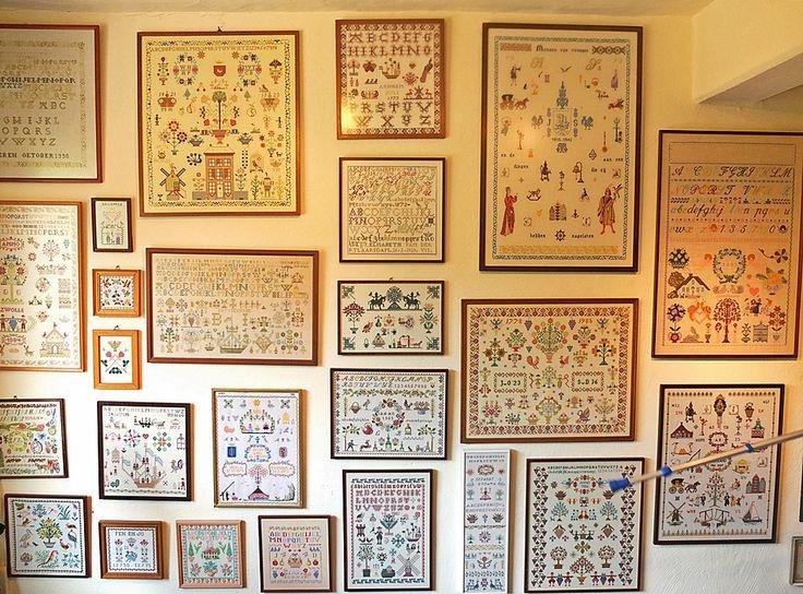 25 beste idee n over muur galerijen op pinterest hal versieren wandcollage en wandcollage decor - Grijze muur deco ...
