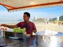 5 Best Street Foods in Brazil: Cachorro Quente