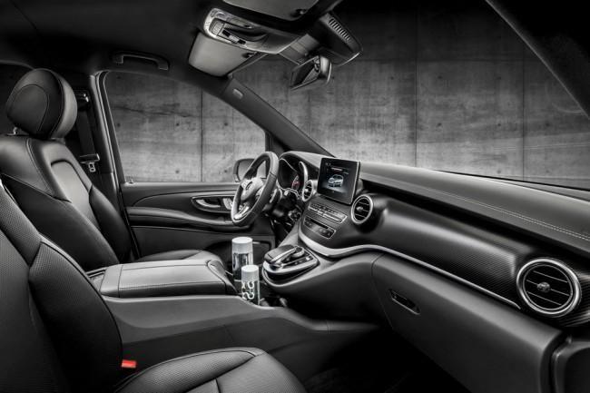 Минивэн Mercedes V-Class обзавелся пакетом AMG Line.