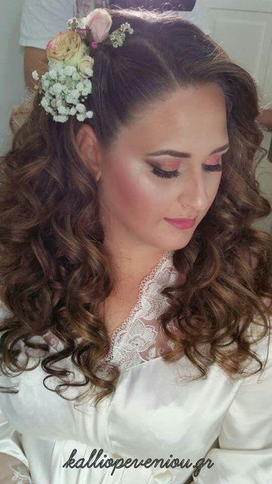 Be Unique with the Experts!  Ξεχώρισε την ομορφότερη μέρα της ζωής σου,εμπιστεύσου τους ειδικούς!  Απόλαυσε τις πολυτελείς υπηρεσίες που σου αξίζουν ❤❤❤  #trusttheexperts #kalliopeveniou #beautyhall #viphall #vipservices #modernsalon #becausewecan #instabeauty #makemepretty #makeupartist #lovemyjob #lovewomen #makeupporn #nofilters #realtalent #bridal #makeup #bridetobe #Bridalhairstyle #bridalflowers