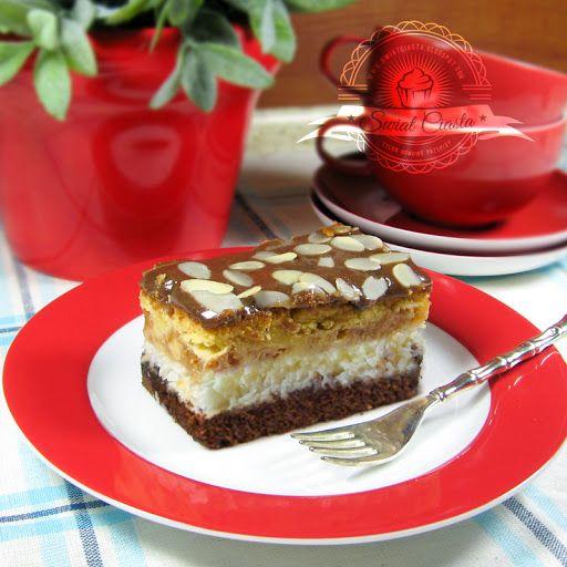 Ciasto jabłkowo-kokosowe z polewą chałwową | Świat Ciasta