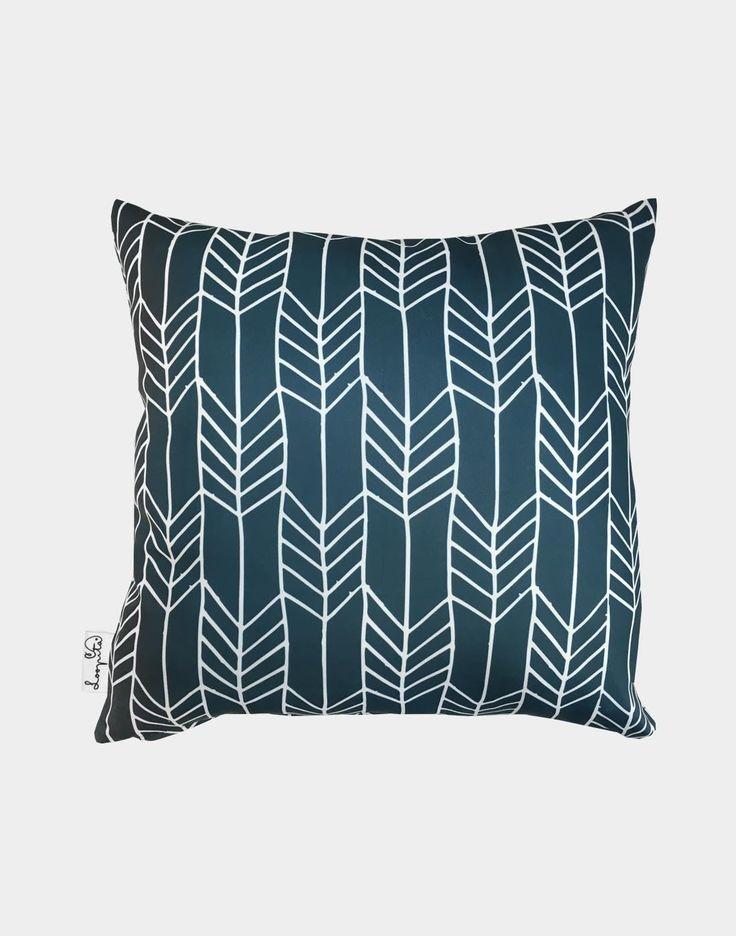les 47 meilleures images du tableau coussins sur pinterest id es cadeaux d co salon et graphiques. Black Bedroom Furniture Sets. Home Design Ideas