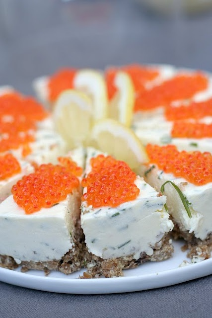 Swedish version of a cheesecake for entertaining, I have to try this soon