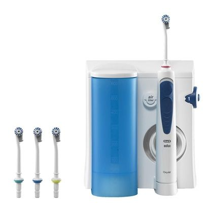 Mirobuborékos technológia; Masszírozza az ínyt; Alkalmas a nyelv és az implantátumok tisztítására; Tartozékok: 4 db szájzuhany fúvóka