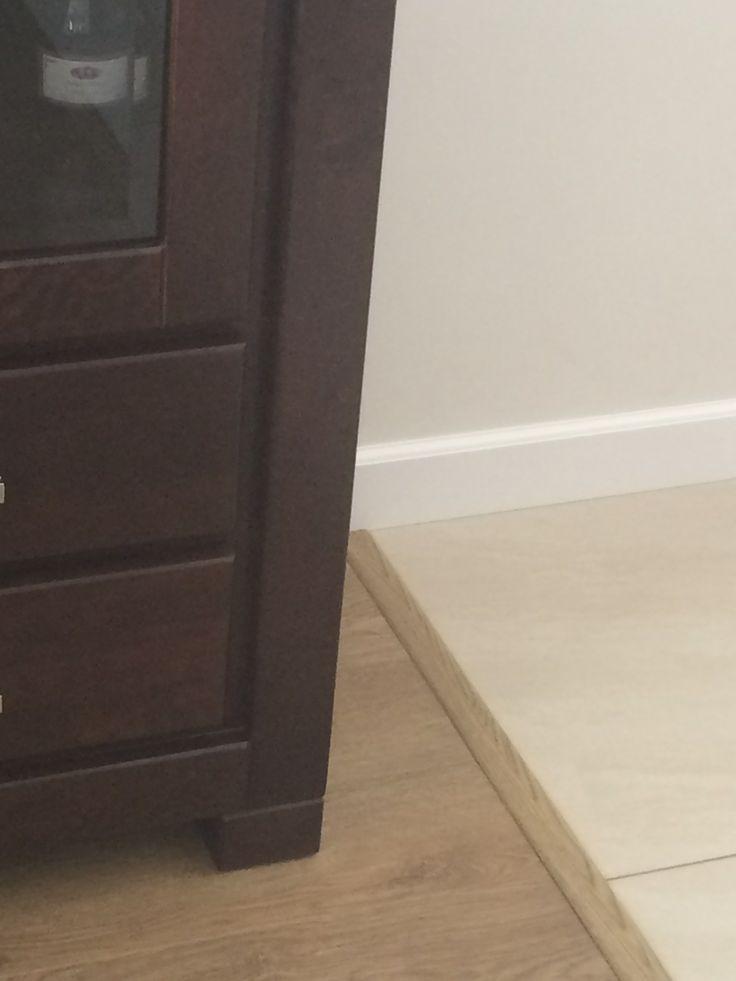 Listwa Incizo Quick-Step na połączeniu płytek i paneli