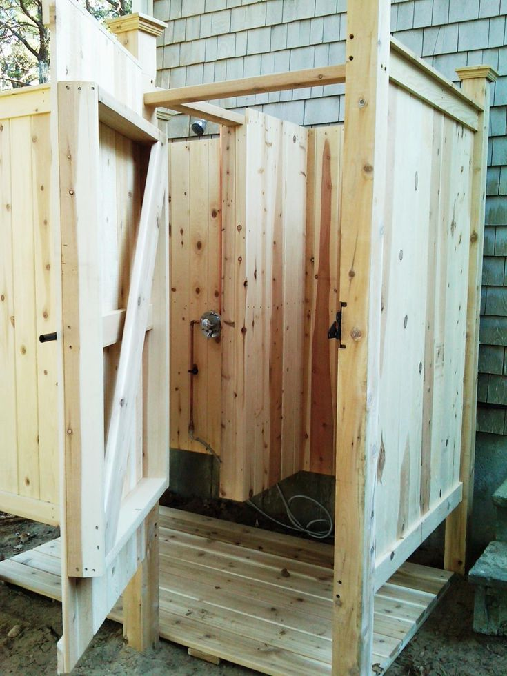 75 best images about cottage outdoor shower on pinterest for Outdoor shower doors