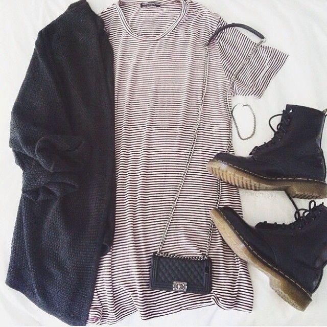 Black V Neck Long Sleeve Loose Knit Cardigan