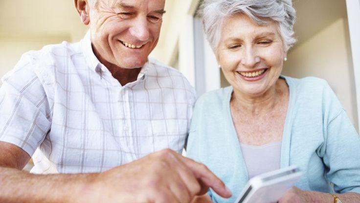 Bent u als eigenaar van een smartphone of tablet op zoek naar leuke en nuttige accessoires? Of op zoek naar een leuk cadeau, maar mist u de nodige inspiratie? Vier onmisbare accessoires voor de tablet en smartphone.