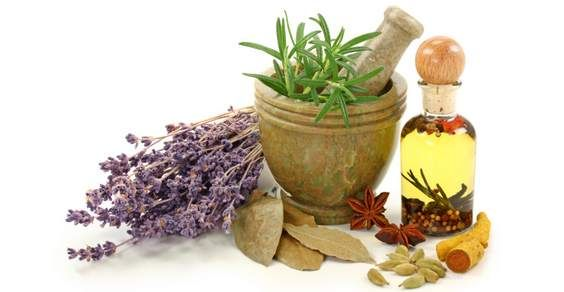 Come utilizzare spezie, fiori e erbe aromatiche per profumare la casa naturalmente