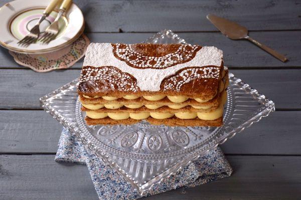 Le 2e épisode du Meilleur Pâtissier proposait une revisite du Mille-Feuille, et moi je vous propose une recette du Parfait mille-feuille classique. Deliciuex !