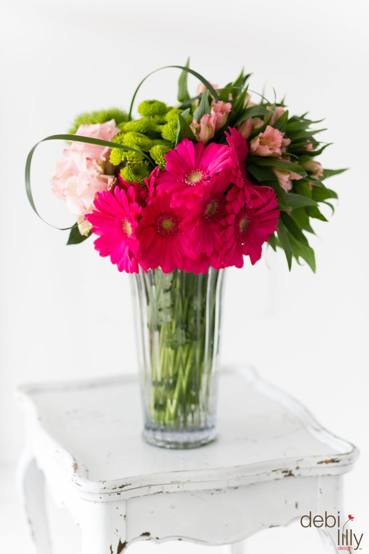 16 best spring summer floral images on pinterest flower power these pretty bright pink bouquets are in style for spring they are just what reviewsmspy