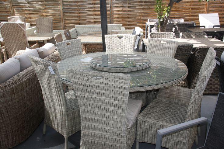 #lounge #dining #furniture #rattan #wicker #table #garden #patio #design #luxury