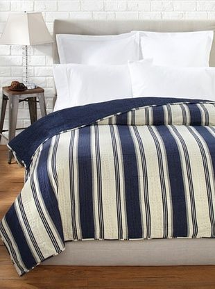 47% OFF Amity Home Camden Quilt (Blue)