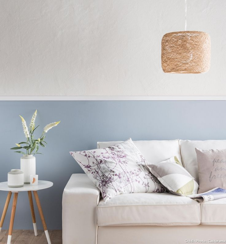 canape mur gris et blanc