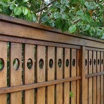 Wooden fences good for wind resistance