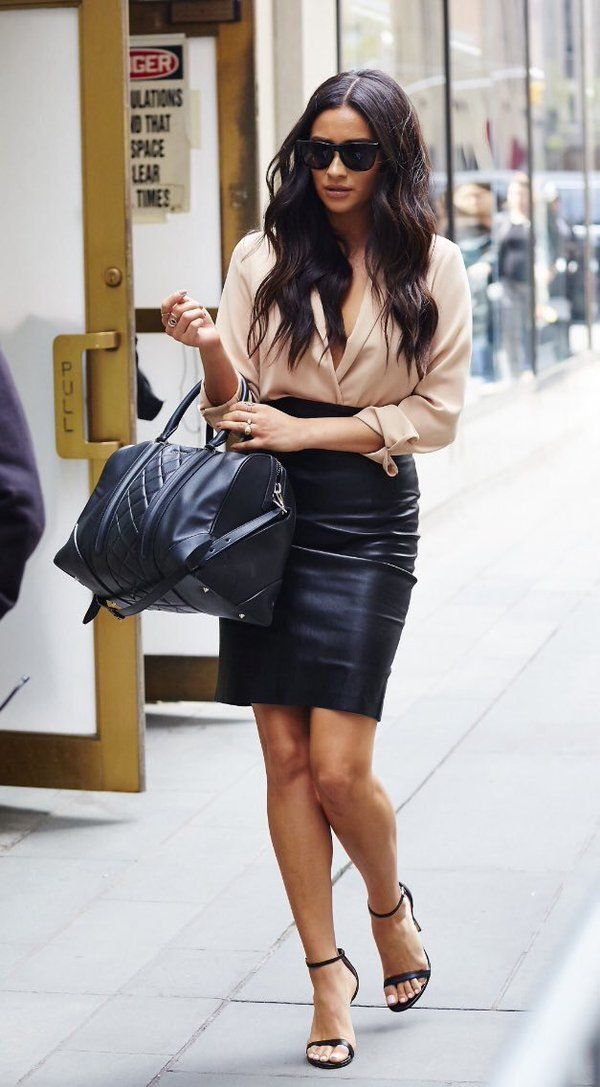 Shay Mitchell Style - Nude long sleeve wrap top by Piece Official, black leather skirt by The Perfext, Steve Madden sandals, and Givenchy handbag #womenswear #style #spring #fall (Long Sleeve Fall Top)
