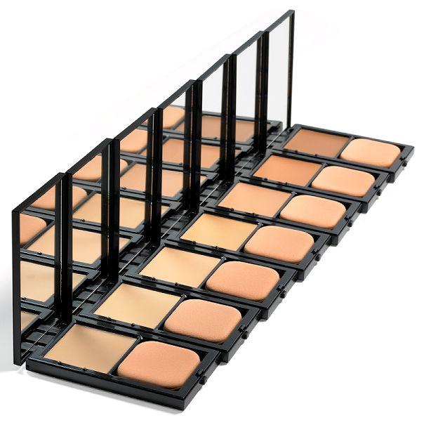 Richtige Foundation gesucht? Schon bei Beauty Addicts geschaut? Jetzt unter www.clickandcare.ch bestellen.