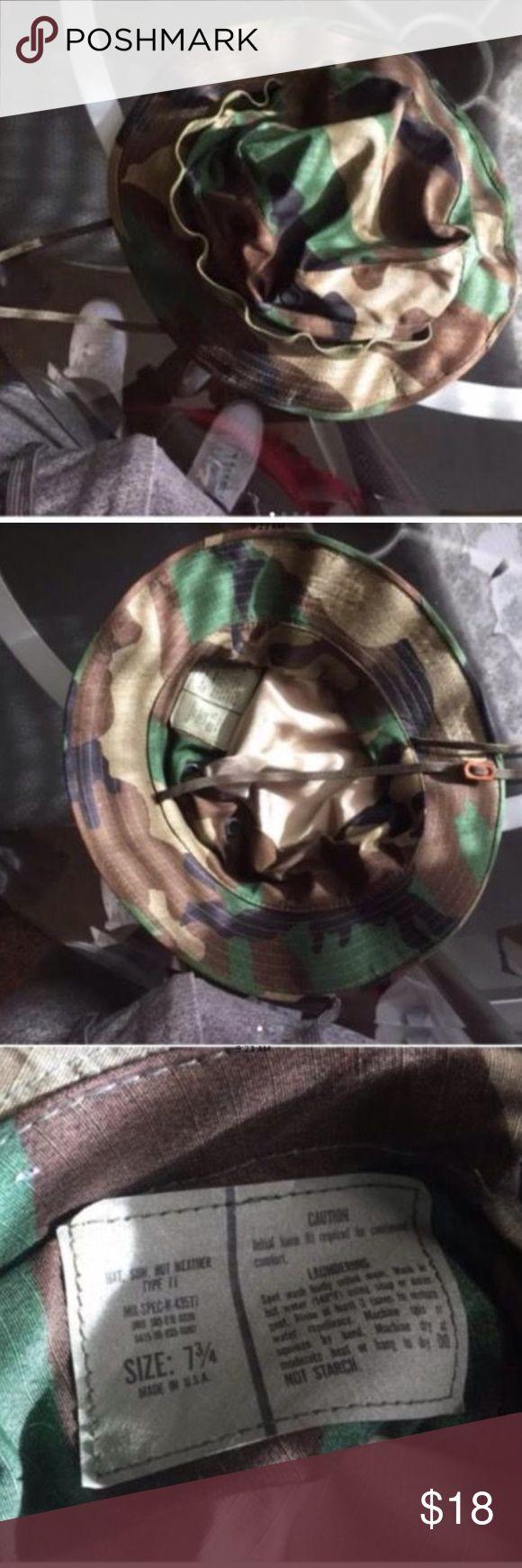 Woodland Camo Bucket, US Army Hat sz 7 3/4 Woodland Camo Bucket, US Army Hat sz 7 3/4. In excellent used condition.😊👍🏽 Accessories Hats