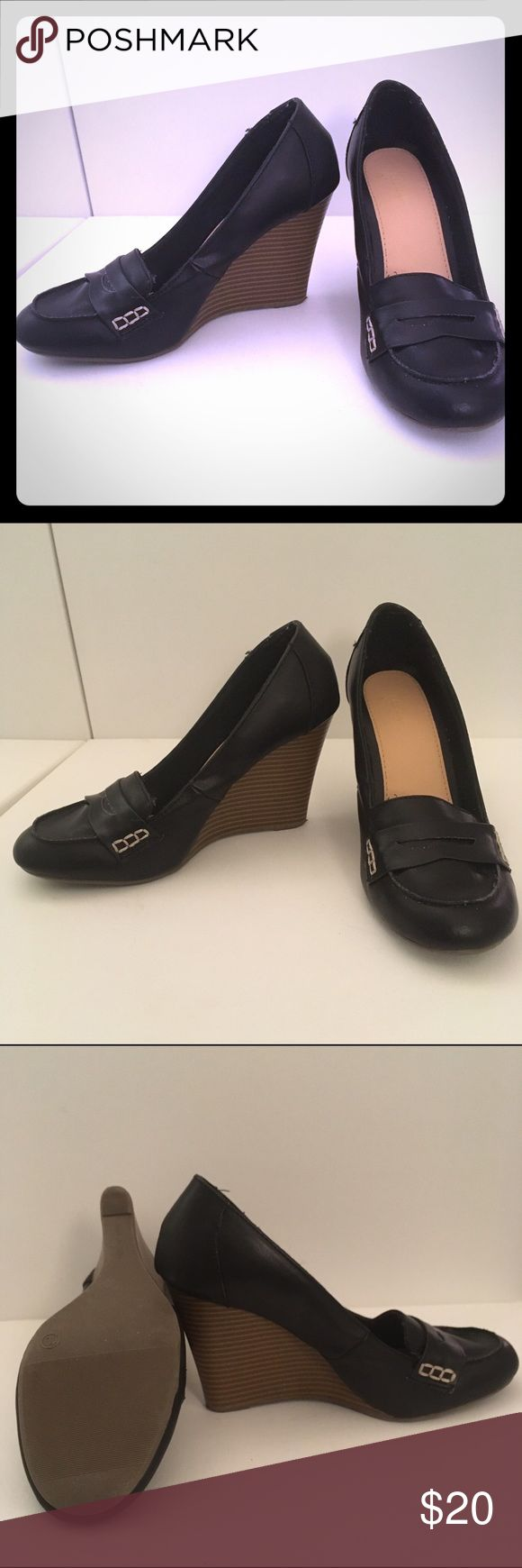 Old Navy Black Wedge Loafers Worn once. Basically brand new. Black 2.5 in loafer-like wedge. Size 10. Old Navy Shoes Wedges
