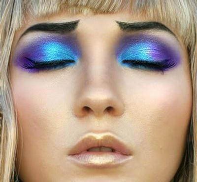 Pretty eye shadow idea
