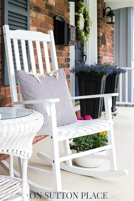 1000 images about spring porch decorating ideas on for Chairs for front porch