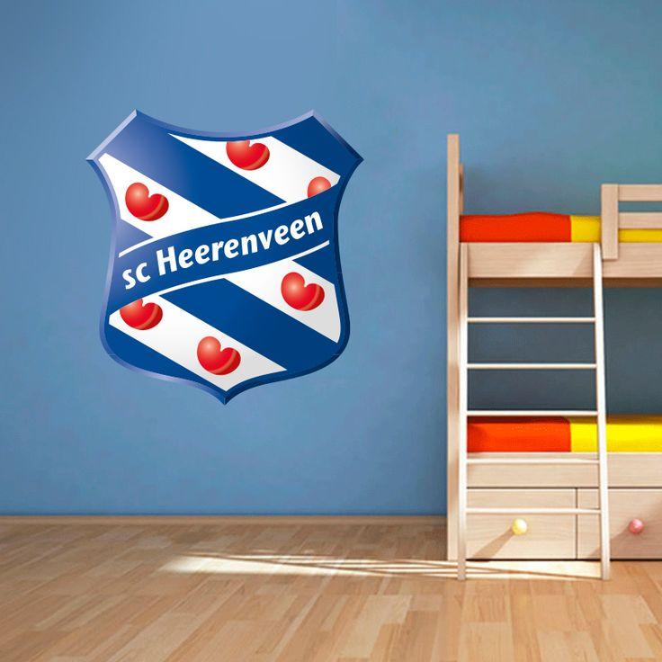 Muursticker SC Heerenveen | Vrolijk die ene saaie muur op met een muursticker! Gemaakt van vinyl en gemakkelijk aan te brengen. Bekijk snel onze collectie! #muur #sticker #muursticker #slaapkamer #interieur #woonkamer #kamer #vinyl #eenvoudig #voordelig #goedkoop #makkelijk #diy #scheerenveen #heerenveen #voetbal #sport #club #supporter #jongenskamer #friesland #fryslan #fries #logo #embleem