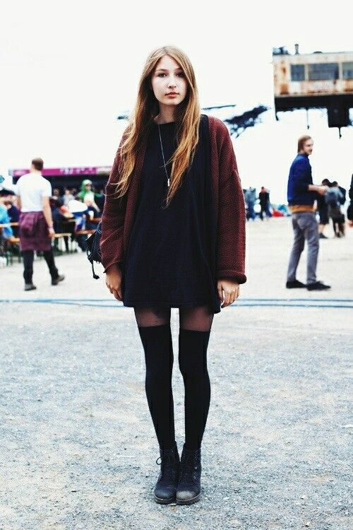 Grunge Style- perfect for Fall!!! Now all we need is Nirvana playing in the background!