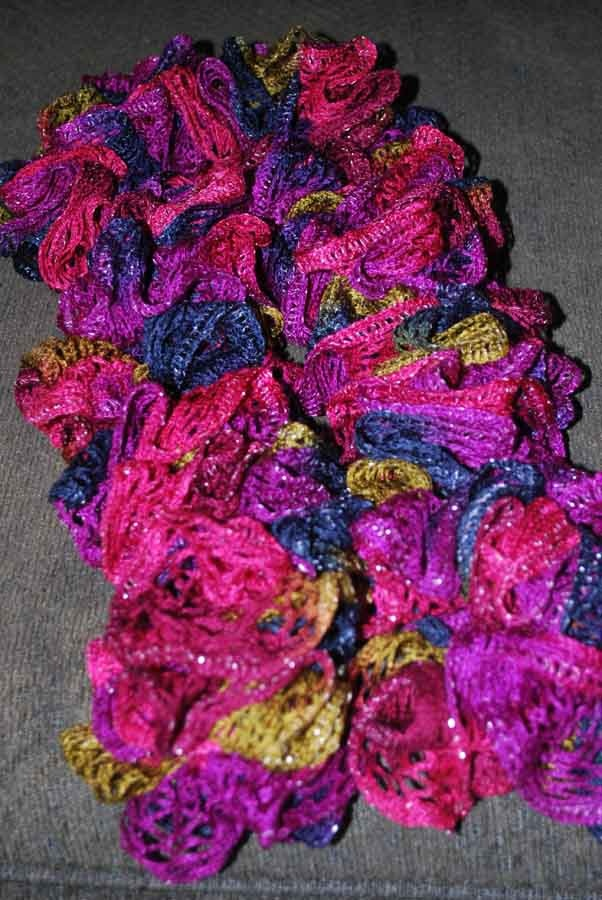 Best 25+ Sashay scarf ideas on Pinterest | Sashay yarn ...