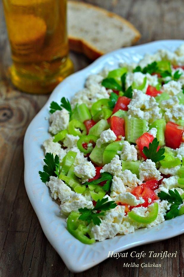 kahvaltilik peynirli salata
