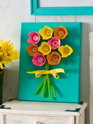Turn a leftover egg carton into pop art with this kid-friendly project.
