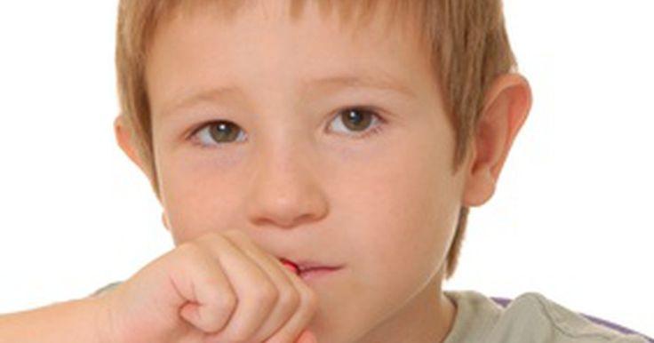 Cómo escribirle una carta a mi hijo antes de que vaya al jardín de niños. La felicidad, la tristeza y la preocupación son los tres principales sentimientos que los padres experimentan antes de enviar a sus hijos al jardín de infantes, de acuerdo con el Proyecto de Investigación de la Familia de la Universidad de Harvard. Puede que te proporcione alegría ver a tu hijo emocionado al ir al jardín de niños. Pero, para un ...