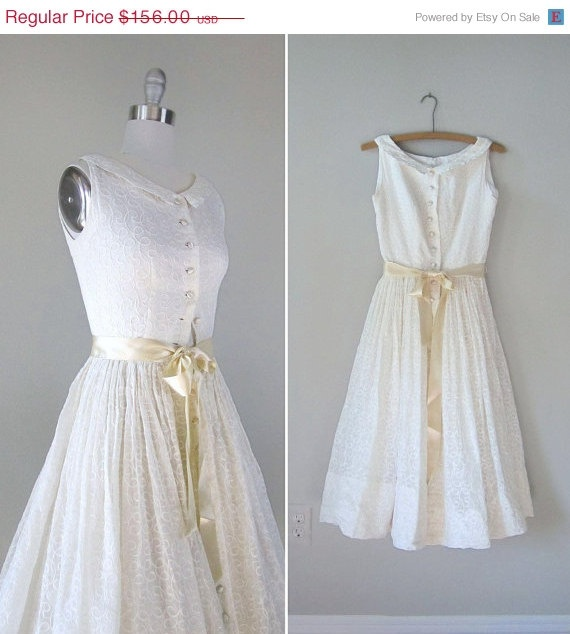 X Small Wedding Dresses : Cream wedding dresses vintage weddings
