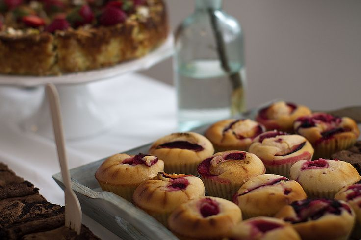 Yoghurt, lime, olive oil muffins with strawberries.