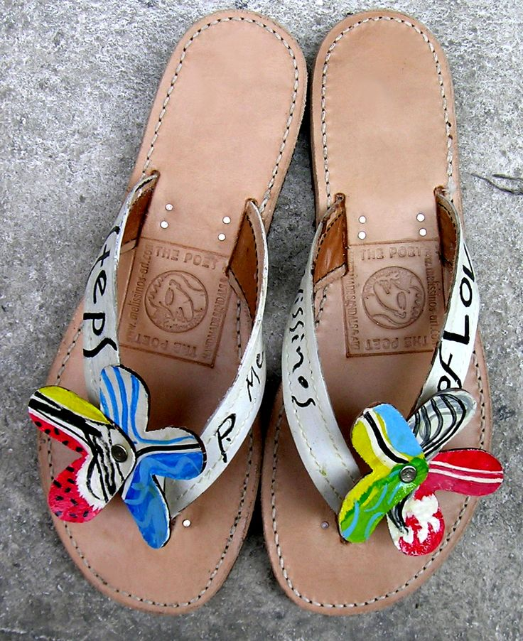 ART ON YOUR FEET BY PANTELIS MELISSINOS ART -THE POET SANDAL MAKER OF ATHENS. This is a pair of hand painted leather sandals.