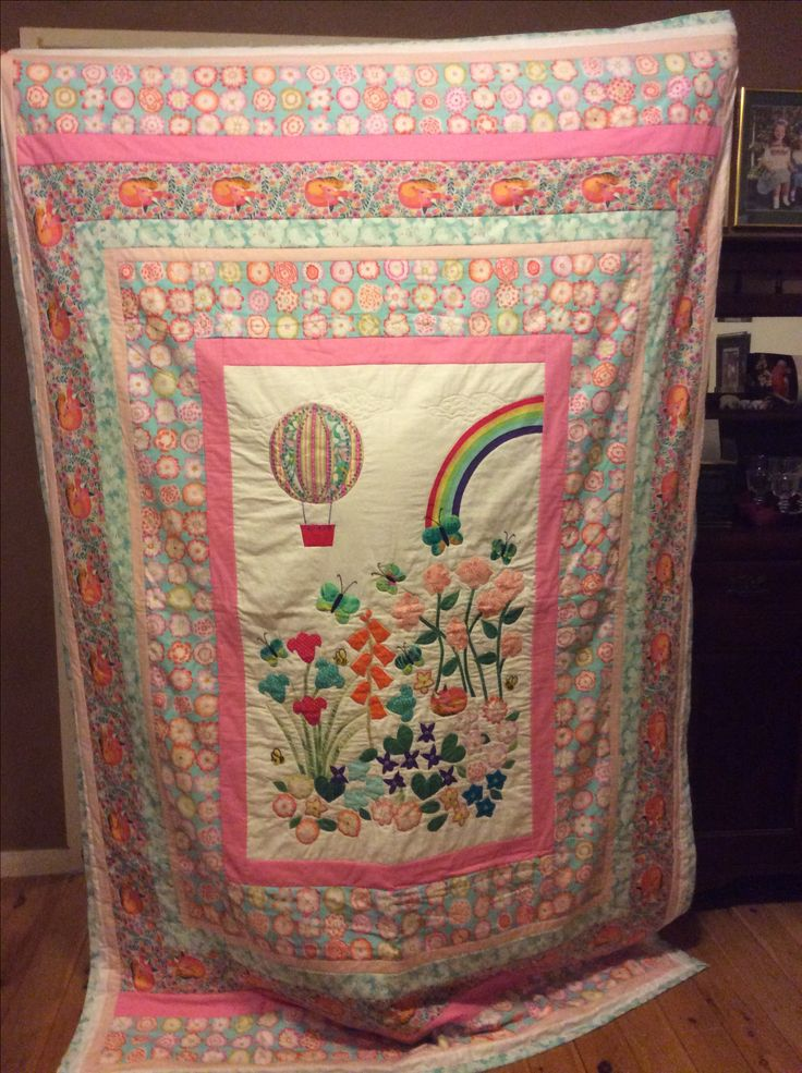 Machine appliqué ,machine quilting and piece work. Single bed quilt cover.
