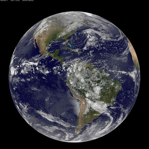 Satellite View of the Americas on Earth Day. Journée Mondiale de la Terre 2014 / Earth Day 2014