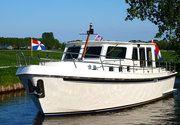 Verhuur motorjachten en motorboten tot 8 personen Friesland.