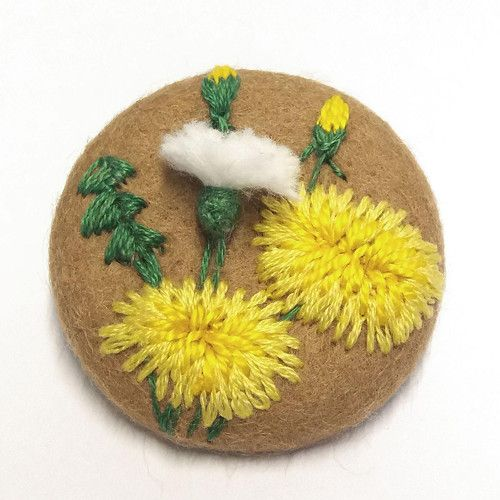 """Vyšívaný knoflík, brož \""""Pampelišky\"""", embroidery, relief, berries, flowering, feathers, seeds, headband, photography, children, baby, semi-finished to completion, 3d, embroidered, dandelion"""
