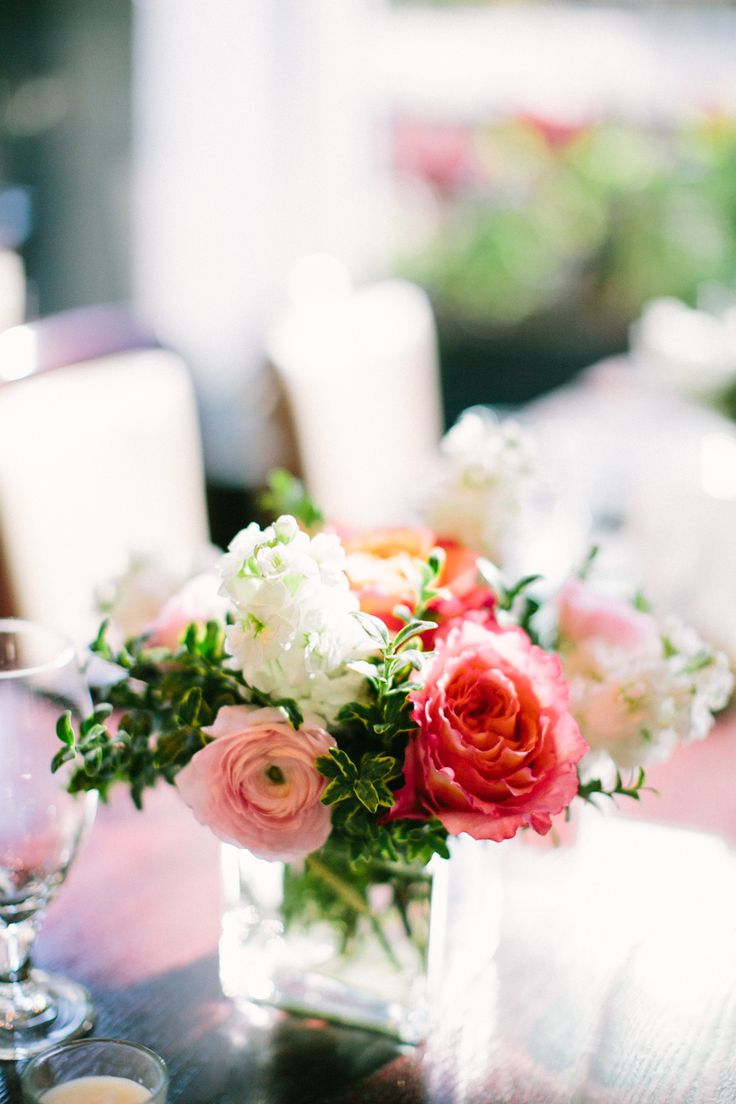 Photography: Jacqui Cole - jacquicole.com  Read More: http://www.stylemepretty.com/2015/02/12/sophisticated-chicago-tavern-wedding/