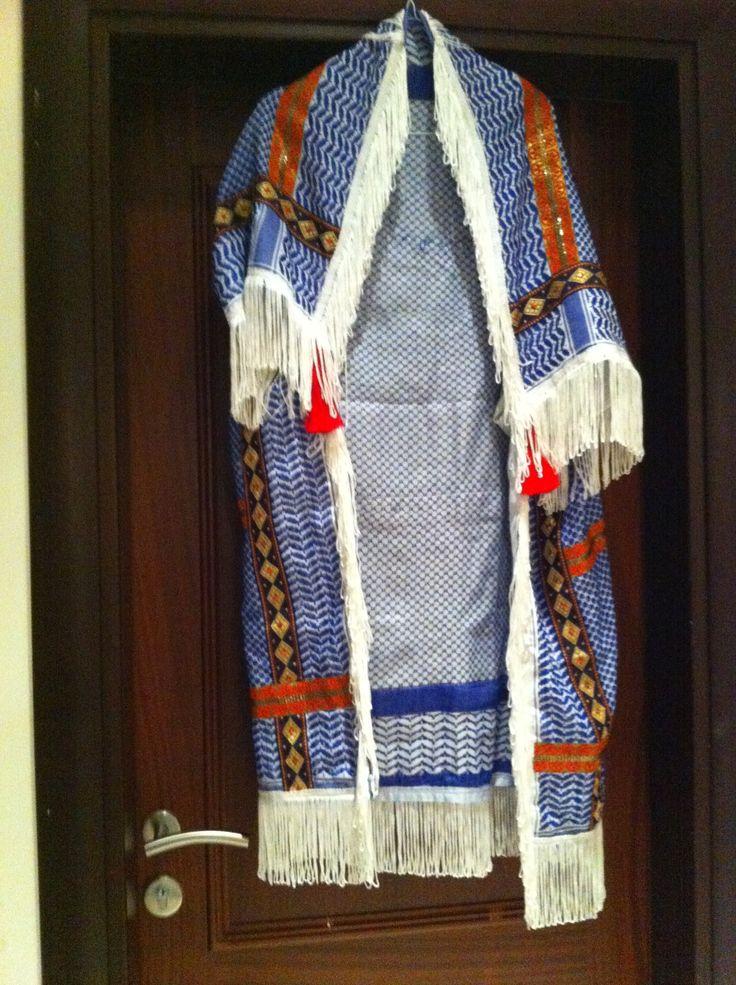 Oriental blue & white cape
