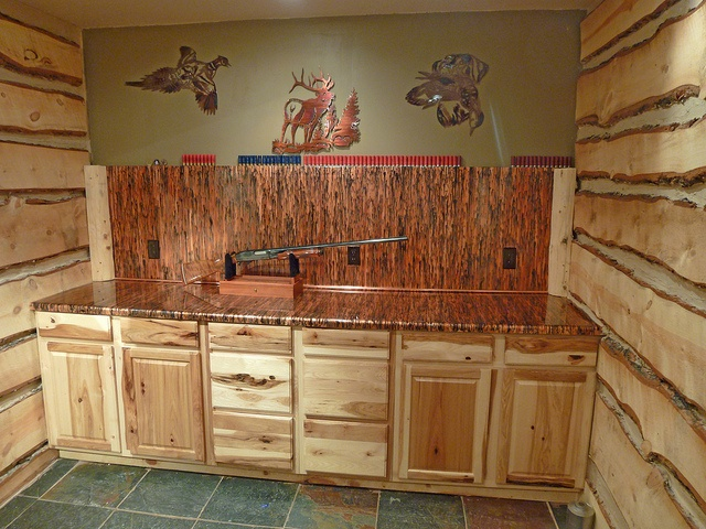 Enchantment Copper Countertop and Backsplash | Hickory