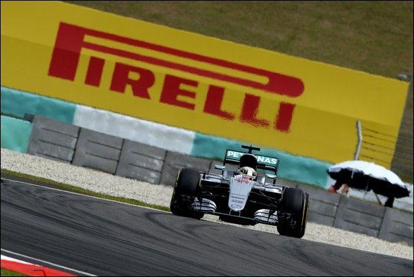 Mercedes F1 Team non sa il Motivo della Rottura di Hamilton a Singapore