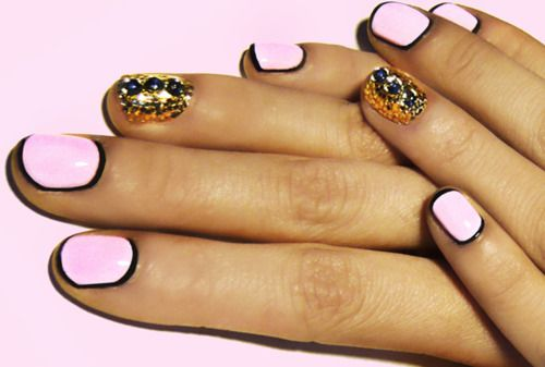 awesome nailsNails Art Tutorials, Fashion Ideas, Gold Nails, Nails Design, Rings Fingers, Pink Nails, Pastel Pink, Manicure, Black Nails