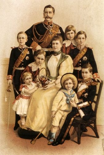 Family portrait of Kaiser Wilhelm II with his family, 1906.