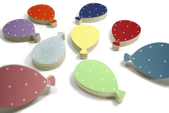 Poignee De Meuble Enfant Bouton De Tiroir Ballon Poignee De Commode Ballon Furniture Handles Kids Furniture Dresser Handles