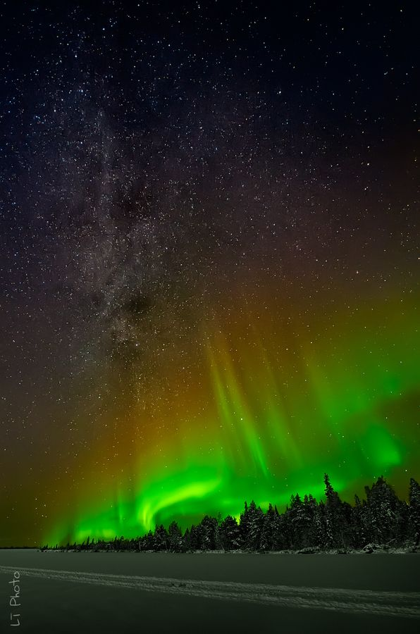 Aurora III by Javier de la Torre, via 500px; Lake Jerisjärvi, Finland