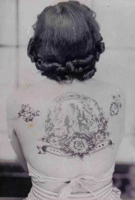 Retro: Old Style, Female Tattoo, Tattoo Ladies, Old Schools Tattoo, Oldschool, Back Tattoo, A Tattoo, Vintagetattoo, Vintage Tattoo