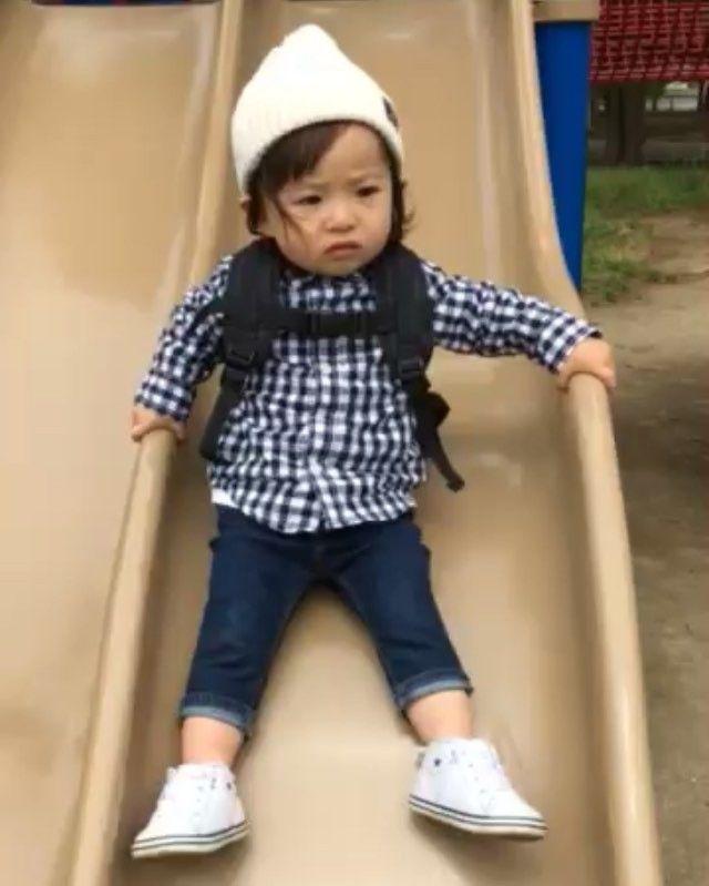いいね!781件、コメント43件 ― @sarasara718のInstagramアカウント: 「. 慎重な性格で臆病な 娘さんです(笑)♡ . こわいよこわいよ〜 . #kids_japan #japan_kids #娘 #むすめ #公園 #すべり台 #こわいよ #子ども動画」