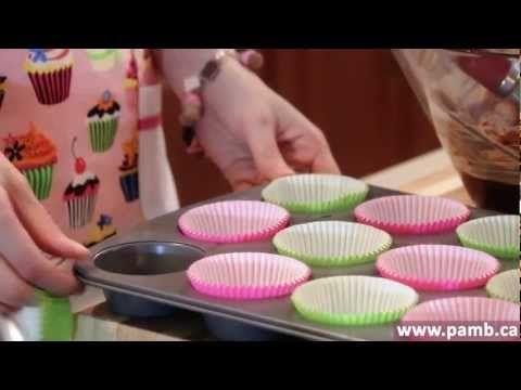 Pam*B - Como fazer Cupcakes - Receita de Cupcake de Chocolate com Buttercream de Ovomaltine